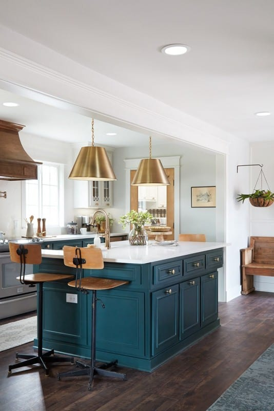 Modern Farmhouse Kitchen, Get The Look of the Fixer Upper Plain Jane House Kitchen