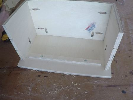 Remodelaholic Spice Cupboard Assemble (35)
