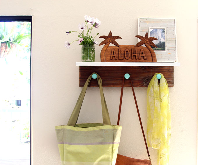 Remodelaholic Diy Easy Wall Hanging Wood Shelf