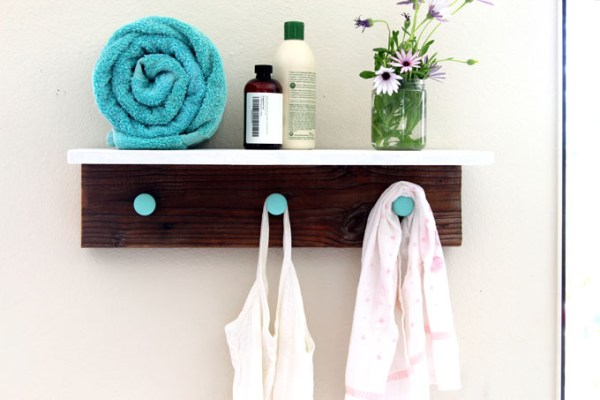 Easy DIY Wall Decor Ideas: DIY Wood Wall Hanging Shelf ApieceofRainbowblog