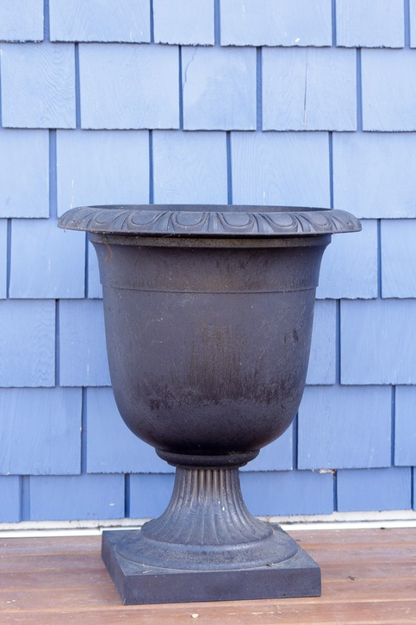 How To Create Beautiful Outdoor Pots And Planters | This Mamas Dance For Remodelaholic 1