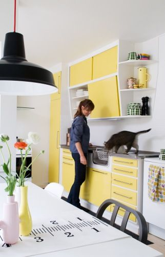 Yellow kitchen cabinets via boligmagasinet | Yellow Kitchen Inspiration #Remodelaholic