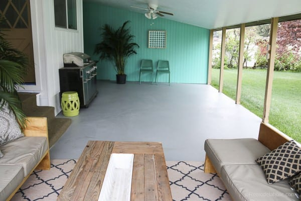 Painting A Patio With UGL Epoxy Floor Paint @Remodelaholic 37