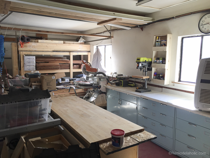 Table Saw Workbench @Remodelaholic 3