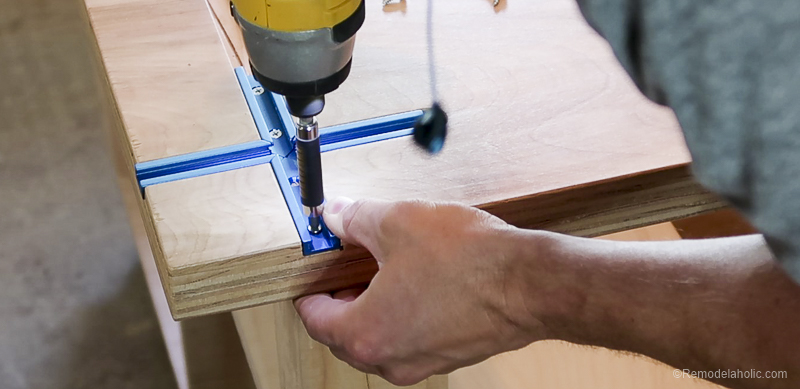 Table Saw Workbench @Remodelaholic 43