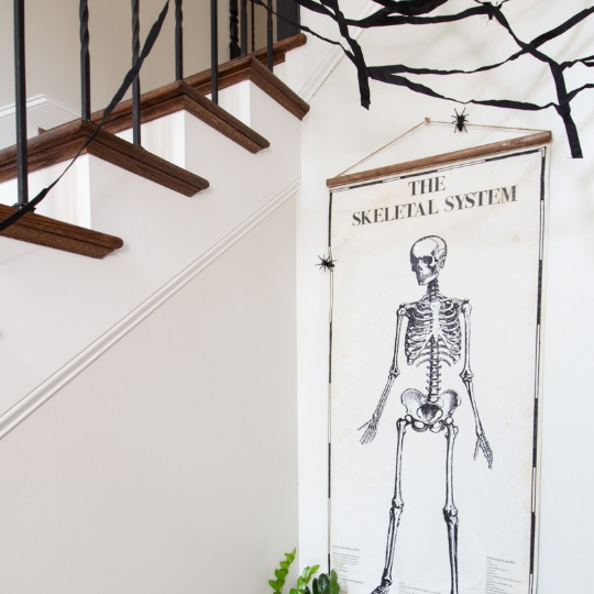 12 Easy Spooky (or Not) Halloween Decor Tutorials