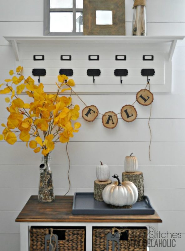 Diy Fall Banner Sawdust2stitches For Remodelaholic.com 768x1039