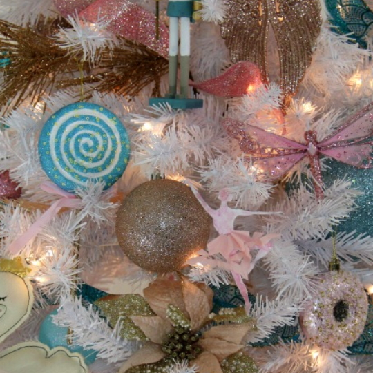 Blue, Pink And Gold Nutcracker Christmas Tree Decorating Tutorial