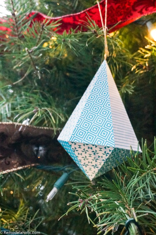 Diy Printable Paper Ornaments To Fold And Decorate For Christmas And Winter #remodelaholic (6)