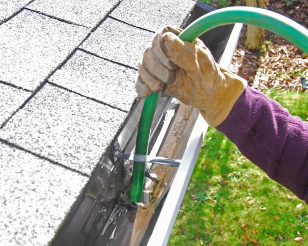 Easy Spring Cleaning Tips For Outdoor Spaces