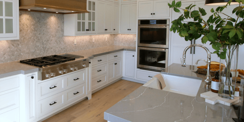 Get This Look: Traditional Farmhouse Kitchen