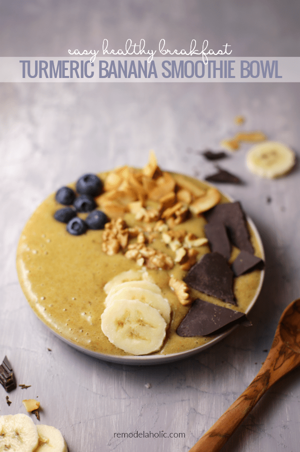 Healthy Breakfast Banana Smoothie Bowl Recipe Using Turmeric And Chocolate #remodelaholic