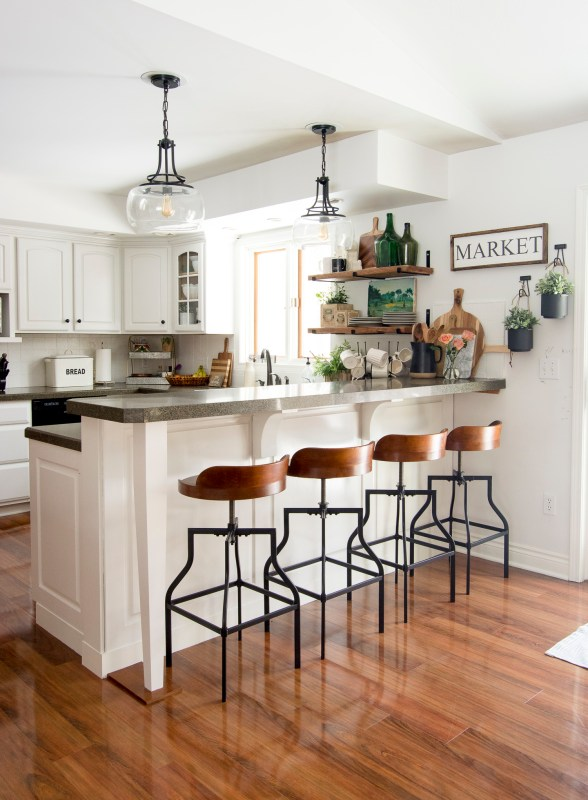 Spring Kitchen Decor Www.graceinmyspace.com