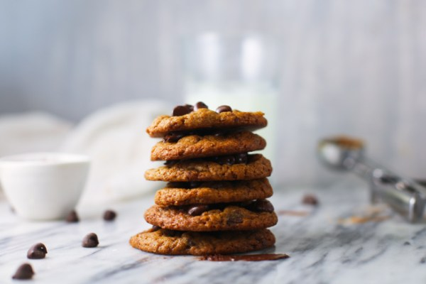 Vegan Chocolate Chip Cookies – Easiest Recipe