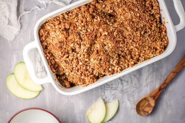 Flourless Apple Crumble Recipe #remodelaholic