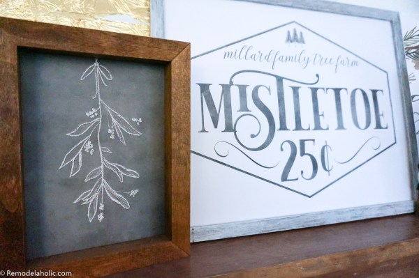 Printable Christmas Mistletoe Drawing And Family Name Sign #remodelaholic