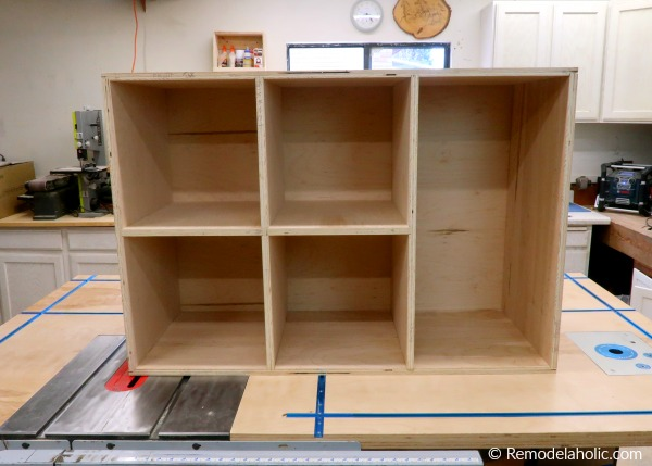 How To Build A DIY Entry Table With Cubby Storage, Remodelaholic