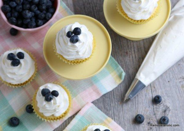 Fresh Lemon Cupcake Recipe, Remodelaholic (2)