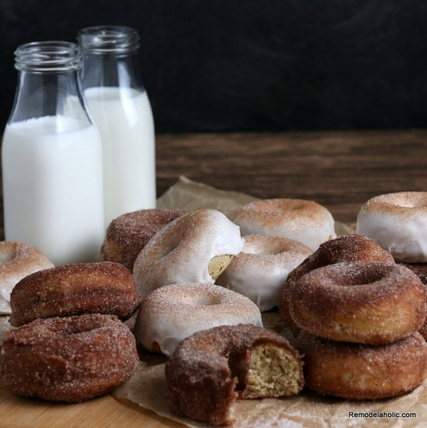 Apple Cider Donuts Fall Festival Recipe #remodelaholic