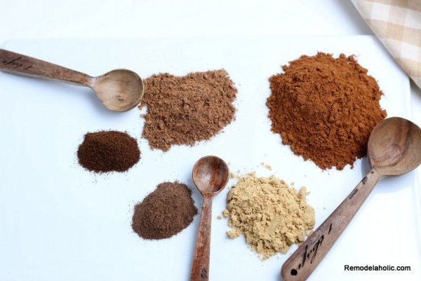 Homemade Pumpkin Pie Spice From Scratch Remodelaholic (2)