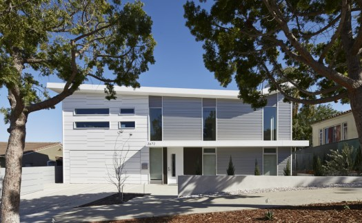 modern-house-with-tpo-flat-roof