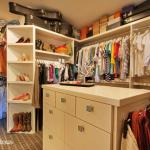 A Quick Cure for a Chaustrophobia-Inducing Closet