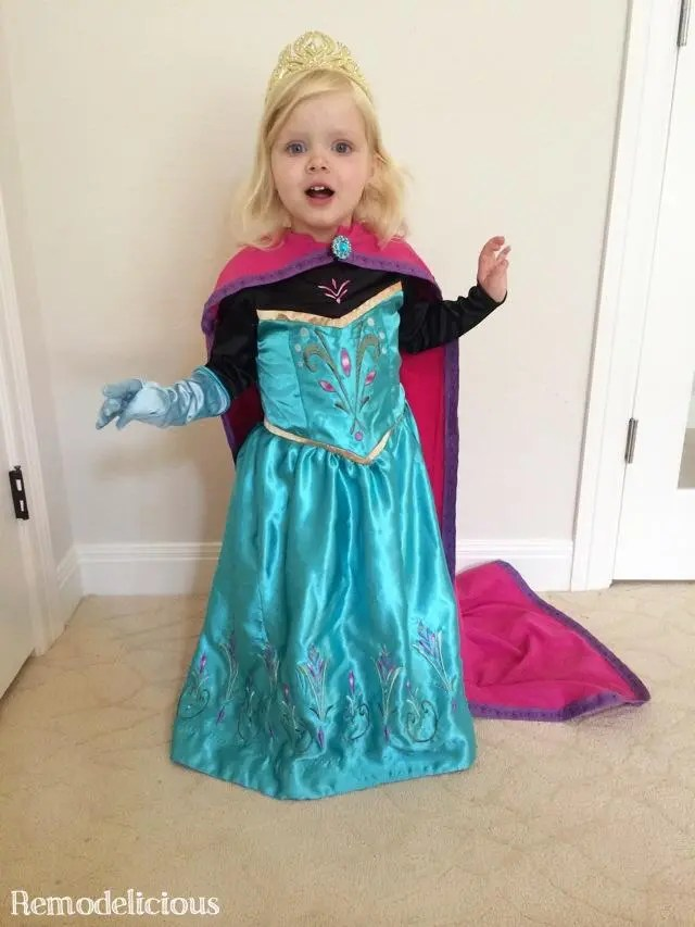 Whipping Up a DIY Homemade Frozen Elsa Coronation Costume