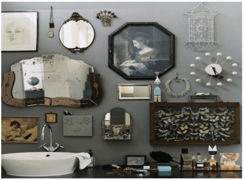 Black and White Bathroom Wall Decor