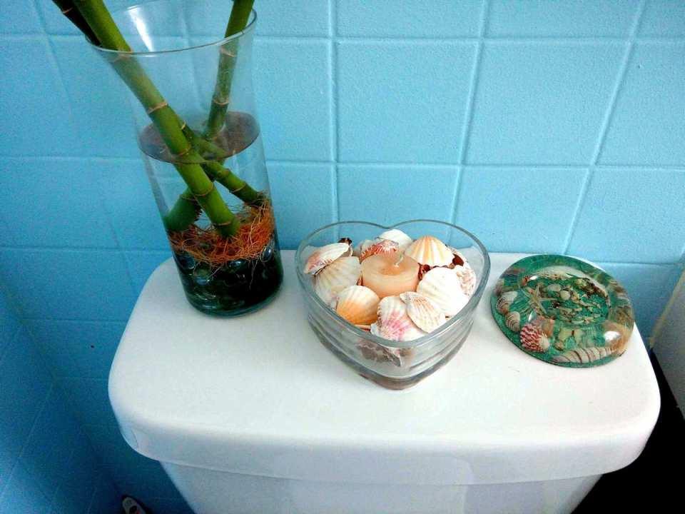 Small Bathroom Decor - DIY accessories