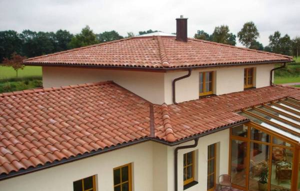 Clay Roof on a Spanish Style Modern Home