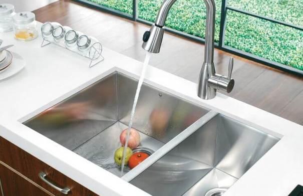Deep bowl kitchen sink