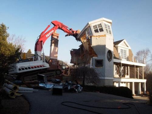 Marblehead house demolished
