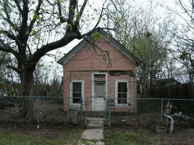 Making Offer Foreclosed House