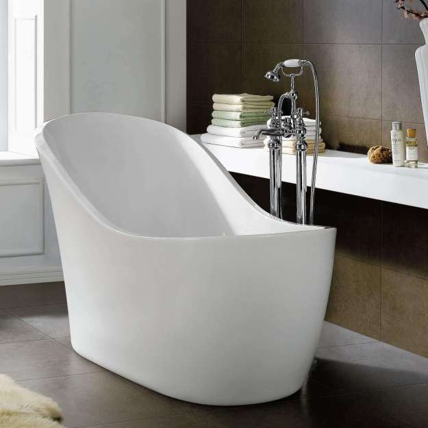 White Resin Soaking Tub