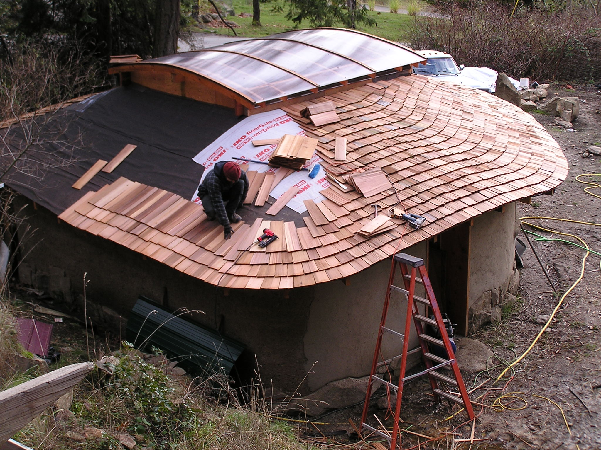 Cedar Shingles Shakes Roofing Costs Plus Pros Cons Home Remodeling Costs Guide