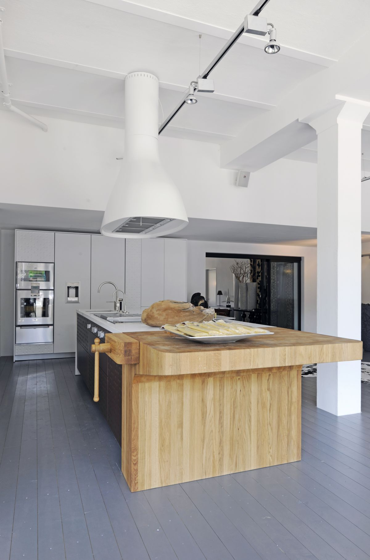What It Costs: Most Butcher Block Countertops Cost Between $40 And $65 Per  Square Foot (including Installation), But Prices Can Vary Widely, Depending  On ...