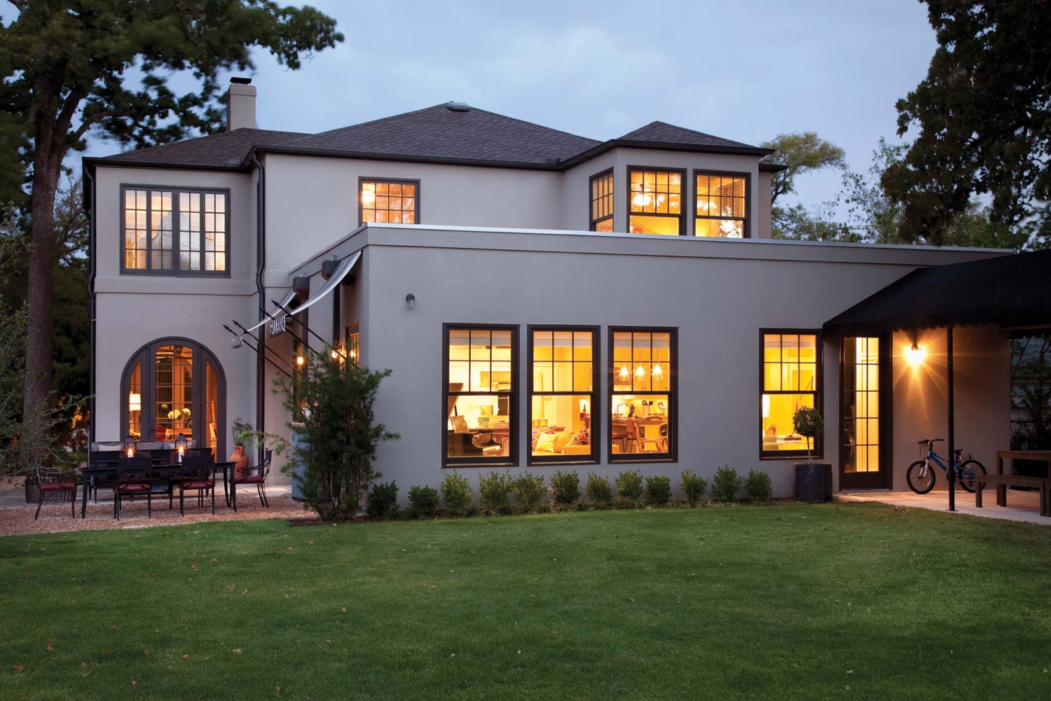 stucco siding cost plus pros and cons home remodeling costs guide. Black Bedroom Furniture Sets. Home Design Ideas