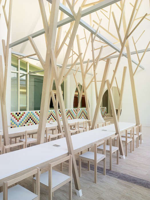 estudio-nomada-tree-dining-table-05-jpeg