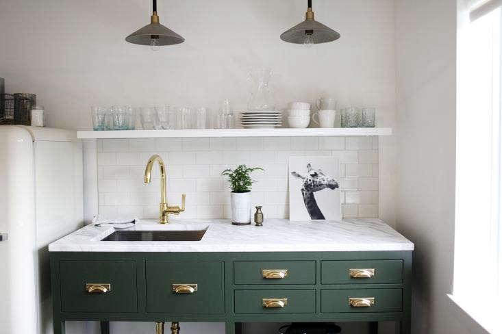 size kitchen sink