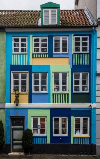 Copenaghen, OvergadenOven Vandet - Nikon D810, 25mm (16-85mm ƒ/3.5-5.6) 1/30sec ƒ/13 ISO 400
