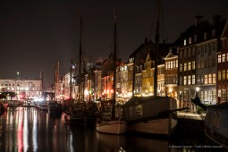 Copenaghen, Nyhavn - Nikon D810, 70mm (24-70.0 ƒ/2.8) 20.0sec ƒ/5.6 ISO 100