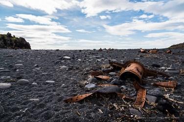 Iron remains of the British trawler Epine GY7 on the beach of Dritvik. Nikon D810, 24 mm (24-120.0 mm ƒ/4) 1/320 sec ƒ/5 ISO 64