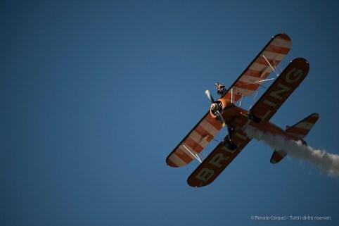 The Breitling Wingwalkers in action. Nikon D810, 135 mm (80-400.0 mm ƒ/4.5-5.6) 1/2000 sec ƒ/5.6 ISO 400