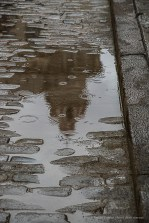 "Rain drops falling near Plaza de la Catedral in Habana Vieja. Nikon D810, 120 mm (24-120.0 ƒ/4) 1/100"" ƒ/7.1 ISO 2000."