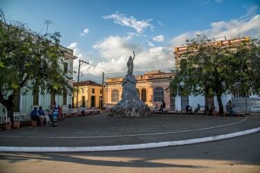 """Estatua de la Libertad Cubana, Remedios. Nikon D810, 24 mm (24-120.0 ƒ/4) 1/200"""" ƒ/7.1 ISO 125"""