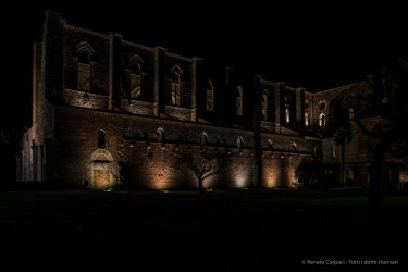 """Night view of the southern side. Nikon D810, 24 mm (24.0 mm ƒ/1.4) 6"""" ƒ/8 ISO 64"""