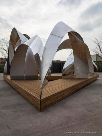 """nArchitects, """"Polycentric Pavilion"""". Canon G1 X 1/1000"""" ƒ/5.6 ISO 200"""