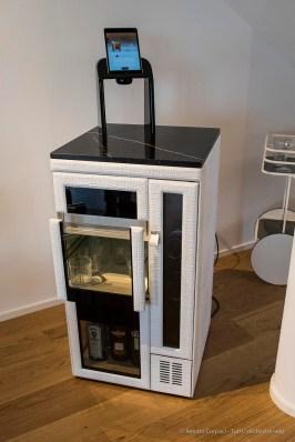 """""""Up In The Sky"""", l'esibizione curata dalla Galleria Rossana Orlandi in un attico del complesso disegnato da Daniel Libeskind nel comprensorio della ex-Fiera di Milano. Nikon D810 24 mm (24 mm ƒ/1,4) 1/100"""" ƒ/3.5 ISO 400"""