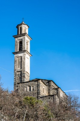 """Somasassa, Valtellina, church of San Gottardo, XVIII Century. Southwestern view. Nikon D810, 85 mm (85 mm ƒ/1.4) 1/80"""" ƒ/8 ISO 64"""