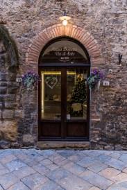 """Volterra. Nikon D810, 31 mm (24-120.0 mm ƒ/4) 1/100"""" ƒ/4 ISO 64"""